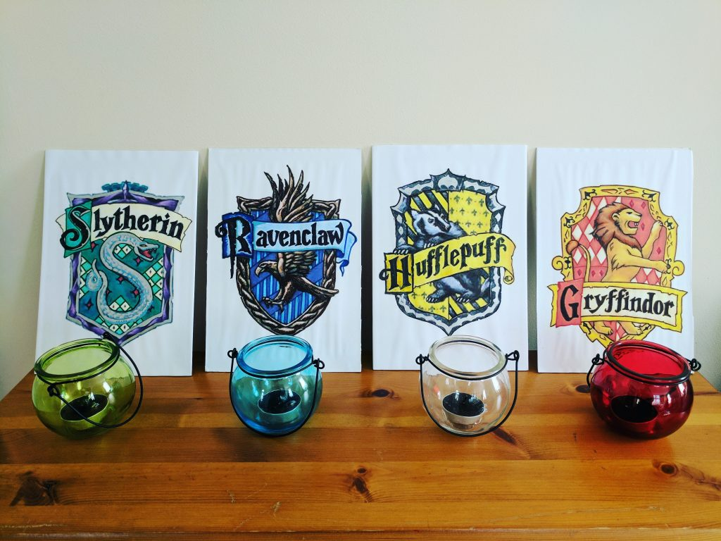 Harry Potter Party House Badge Decorations