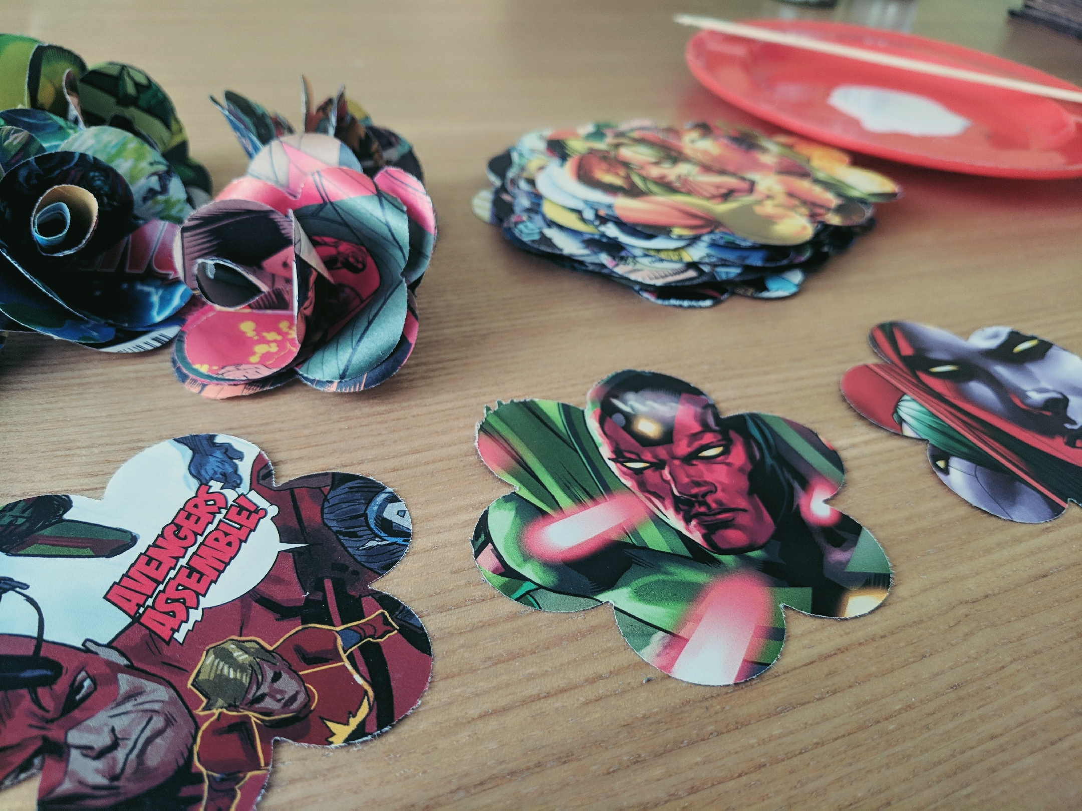 Making Comic Book Flowers Paper Flowers