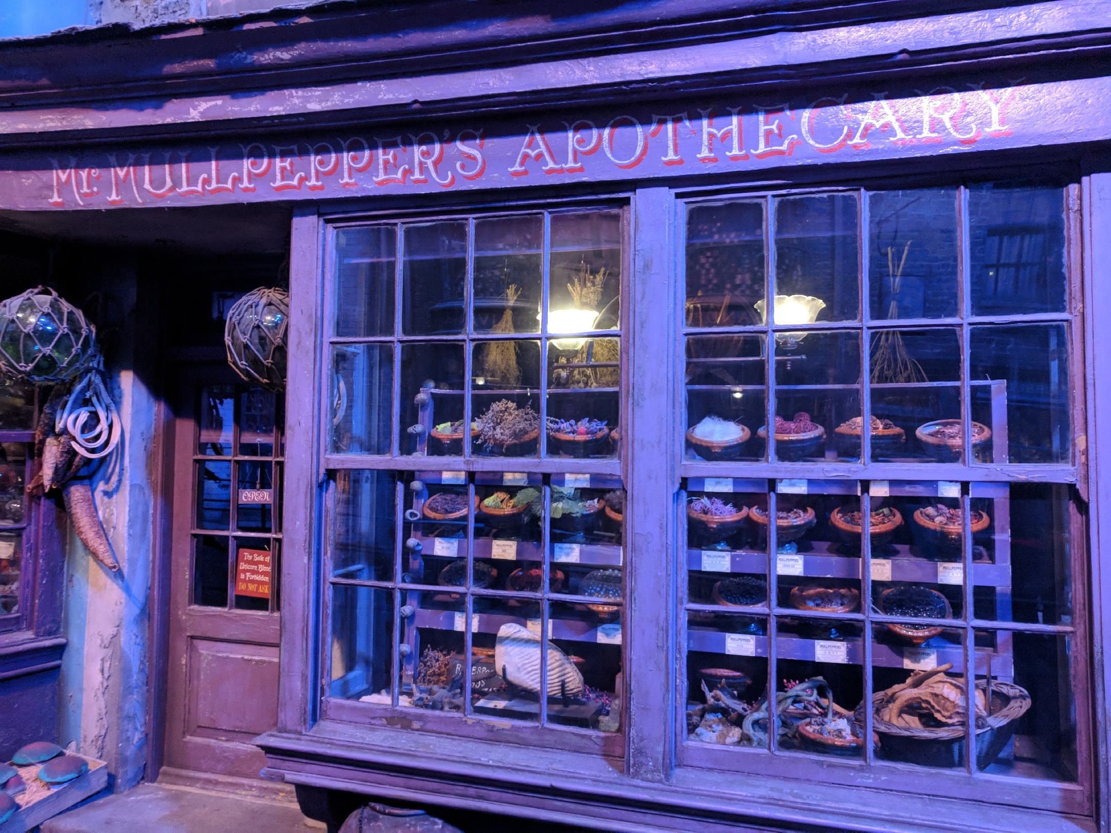 Harry Potter Personality Quiz HP Studio Tour Mr Mulpeppers Apothecary