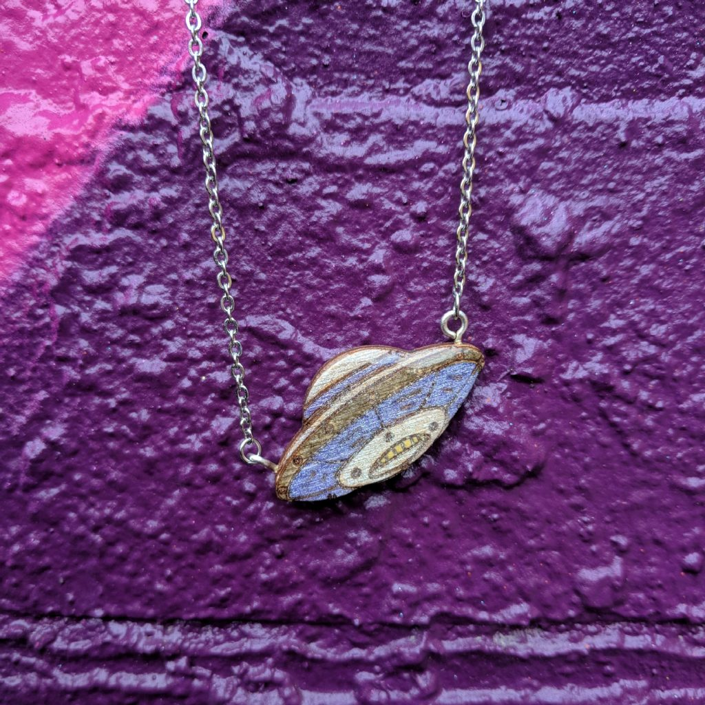 UFO Glitter Necklace BekBek Makes